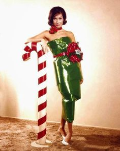 vintage everyday: 27 Beautiful Color Pictures of Celebrities Dressed for Christmas in the Past