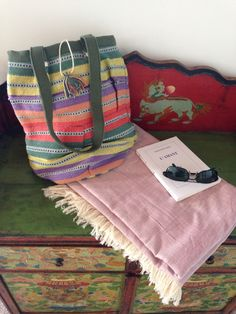 The essentials for a great Fall Sunday - Market Bag big enough for farmers market goodies plus a cozy cotton kikoi blanket and book for a post market picnic in the park.   Find your favorite Market Bag and Kikoi blanket colors at renee-soulie.com
