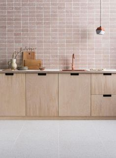 Soft blush, Italian marble tiles with a tumbled edge, called Rosa Perlino. Image… Sponsored Sponsored Soft blush, Italian marble tiles with a tumbled edge, called Rosa Perlino. Tumbled Marble Tile, Marble Tiles, Terrazzo Tile, Stone Tiles, Interior Design Minimalist, Interior Desing, Minimal Design, Kitchen Interior, Kitchen Decor