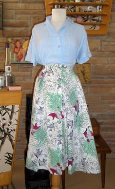 Vintage Fabulous Fish Underwater 1950's Skirt S M by kittyvonpurr, $39.00
