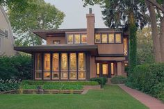 prairie style house landscaping | The 1913 Edna S. Purcell House. Courtesy of Minneapolis Institute of ...