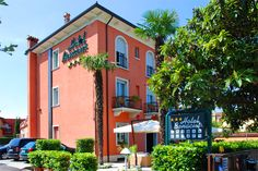 Hotel Benacus - Lazise ... Garda Lake, Lago di Garda, Gardasee, Lake Garda, Lac de Garde, Gardameer, Gardasøen, Jezioro Garda, Gardské Jezero, אגם גארדה, Озеро Гарда ... Welcome to Hotel Benacus Lazise. Just 50 mt. from the lake and a short distance from the historic centre of Lazise, Hotel Benacus is the ideal place where you can enjoy a holiday in complete relaxation. In this peaceful oasis, guests are provided with top quality facilities including direc