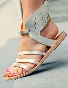 Oh my god, I need these sandals!! Channel my inner Hermes!!