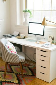 You won't mind getting work done with a home office like one of these. See these 20 inspiring photos for the best decorating and office design ideas for your home office, office furniture, home office ideas Mesa Home Office, Home Office Space, Bedroom Office, Home Office Desks, Small Office, Office Workspace, Workspace Design, Office Spaces, Home Office Furniture Ideas