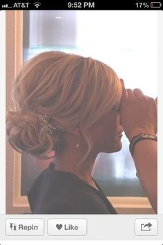 Bridesmaid hair - Teased low bun, basically I'm thinking some sort of low bun or chignon. My Hairstyle, Pretty Hairstyles, Chignon Updo Wedding, Hair Updos For Medium Hair, Upstyles For Short Hair, Wedding Hairstyles For Short Hair, Short Bridal Hair, Wedding Hair And Makeup, Hair Makeup