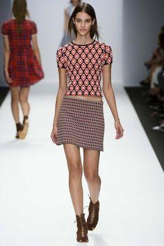 Vanessa Bruno ready-to-wear spring/summer '14 gallery - Vogue Australia
