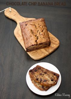 Chocolate chip banana bread via @Quyen Gin // #banana #bananabread #recipe