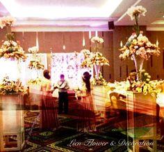 """Grand Wedding Decoration by """"Lien Flower & Decoration"""" with elegant and sophisticated floral design and event decor. Our goal is to create unique experience and nothing is off-limits! _______________ Dekorasi #Perkawinan yang Mewah dengan desain bunga dan dekorasi pernikahan yang luar biasa. Tujuan kami adalah untuk menciptakan pengalaman yang unik dan tidak terbatas! www.liengallery.com"""