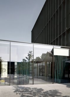 piuarch-transforms-caproni-factory-into-gucci-headquarters-milan-02-20-2018