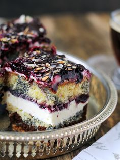 marble cake with custard filling and jam Sweets Cake, Cookie Desserts, Cupcake Cakes, Baking Recipes, Cake Recipes, Dessert Recipes, Pineapple Coconut Bread, Vegan Junk Food, Crazy Cakes