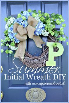SUMMER HYDRANGEA INITIAL WREATH WITH MONOGRAMMED INITIAL- Full of summer, lush wreath diy-stonegableblog.com