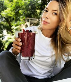 7 dniowy jadłospis od Ewy Chodakowskiej, który zadba o twój płaski brzuch Health Diet, Health Fitness, Good Healthy Recipes, Weight Watchers Meals, Healthy Smoothies, Superfood, Workout Programs, Fitness Inspiration, Good Food