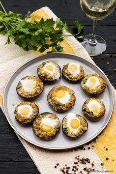 CIUPERCI UMPLUTE CU OUA DE PREPELITA | Diva in bucatarie Jamie Oliver, Muffin, Eggs, Breakfast, Morning Coffee, Muffins, Egg, Cupcakes, Egg As Food