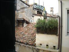 FullScreen view Castello