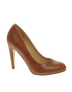 brown pump that is as conservative as I will go for work