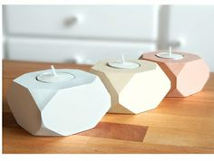 Geometric wood candles (set of 3) - Image Wood candles
