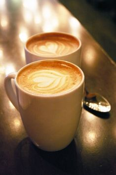 When I'm a barrista I'm going to be able to do this to the coffee!!! <3