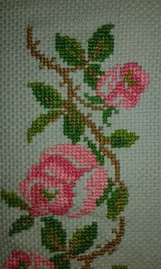 Aynur's media content and analytics Cross Stitch Rose, Cross Stitch Borders, Cross Stitch Flowers, Cross Stitch Designs, Cross Stitch Patterns, Embroidery Stitches, Hand Embroidery, Palestinian Embroidery, Art N Craft