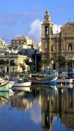 Msida, Valletta, Malta - http://mojagarderoba.mk/ I lived in Msida for 14 months from July 1968 beautiful place. School Street.