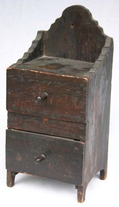 2 dr pine scalloped top spice box w orig kno : Lot 262 Primitive Furniture, Primitive Antiques, Country Furniture, Antique Furniture, Painted Furniture, Wall Boxes, Antique Boxes, Home And Deco, Wood Pieces