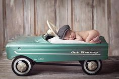 Hope to borrow a car like this from Linda!!  @Linda Bruinenberg Longres  :)  Baby photography with antique Murray pedal car as a prop