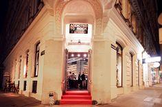 addicted to rock//Vienna//shop design//bar//restaurant//architecture//red carpet//fashion Lokal, Red Carpet Fashion, Restaurant Bar, Vienna, Rock, Architecture, Store, Design, Arquitetura