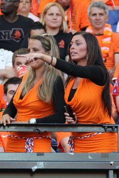 ۞ The Gentleman Hot Football Fans, Football Girls, World Football, Soccer Fans, Soccer World, Female Football, World Cup 2014, Fifa World Cup, Dutch Women