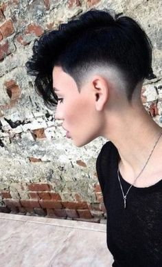 Hair Short Undercut Mohawks 67 Ideas For 2019 Shaved Hair Designs hair Ideas Mohawks Short Undercut Undercut Mohawk, Short Undercut, Shaved Undercut, Haircut Short, Short Hair Mohawk, Undercut Hairstyle, Fade Haircut, Shaved Hair Designs, Hair Tattoos