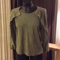 Casual Studio Clover leaf zipper sweater size S Casual Studio size S made in India 100% cotton super soft RN 121145 Casual Studio Sweaters
