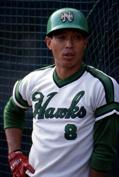 Big Bomb, Baseball Pictures, Sports Pictures, Baseball Players, Hawks, Mens Tops, Japanese, Book, Baseball Photos