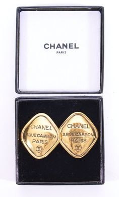 CHANEL 31 Rue Cambon Diamond Shaped Gold Earrings