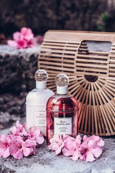 Provence with Mon Guerlain Chanel Perfume, Cosmetics & Perfume, Best Perfume, Guerlain Makeup, Viva Luxury, Natural Beauty Recipes, Fragrance Parfum, Photo Makeup, Smell Good
