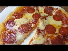 Serpenyős pizza 10 perc alatt - YouTube Ketchup, Pepperoni, Hamburger, Food, Essen, Burgers, Meals, Yemek, Eten