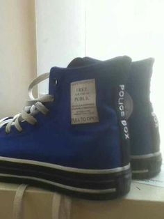 Dr. Who Converse I WILL SOO OWN THIS SOON!