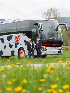 Mit den Reisebussen von RETTER Reisen kommt man immer an das gewünschte Ziel. #retterreisen #reisebüroretter #reisebus #urlaub #busreise Vehicles, Coach Tours, Goal, Vacation, Car, Vehicle, Tools