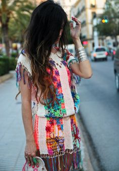 CROCHET DRESS Las Dalias Hippy Market (Ibiza), FLUOR DRESS Bershka, PURSE Manoush, SHOES Le Cos.  Welcome to Ibiza, Flower Power!