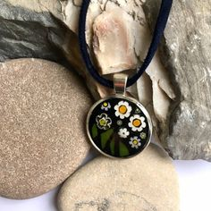 Your place to buy and sell all things handmade Daisy Necklace, Floral Necklace, Festival Chic, Mosaic Flowers, Unusual Gifts, Pendant Set, Gifts For Wife, Handcrafted Jewelry, Handmade