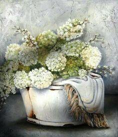 ♥ ♥ ♥ Stella Bruwer  South Africa white enamel tub with white snowball  hydrangeas cream white throw