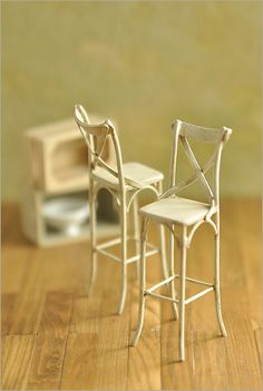 cafe style high stools by Happy*Blue, via Flickr 1:12 scale