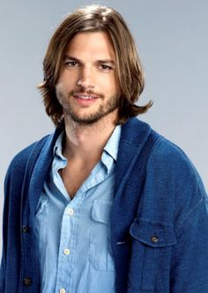 Ashton Kutcher<3   Who here thinks he's gotten a whole lot sexier since dumping Demi?  (Sorry, Demi...nothing personal.)