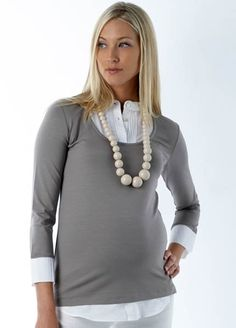 Cute maternity work outfit for fall or winter.