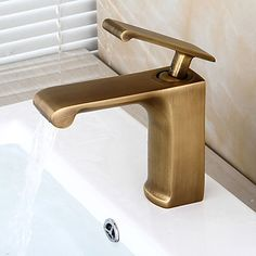 Bathroom Sink Faucet - Pre Rinse / Waterfall / Widespread Antique Copper Centerset Single Handle One Hole