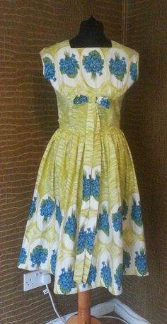 VINTAGE COTTON 50 S DRESS 10 ROCKABILLY FLORAL BLUE GREEN DAY DRESS   £57.60 (11B)