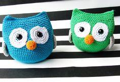 Site d'origine: http://www.littlethingsblogged.com/2014/06/amigurumi-owl-pattern.html  MATÉRIEL : Laine 100% Coton (turquoise/vert, orange, blanc et vert)  Des yeux securisé de 15mm De la...