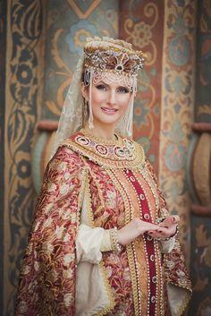 Русский традиционный костюм XXI века-современное