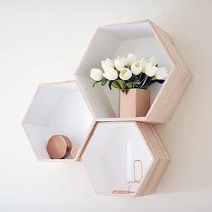 Favourite home bit Rose Gold Room Decor, Rose Gold Rooms, Pink Bedroom Decor, Room Design Bedroom, Gold Bedroom, Room Ideas Bedroom, Cute Room Decor, Aesthetic Room Decor, Room Accessories