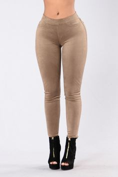 Play It Off Jeggings - Taupe