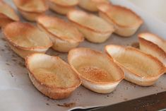 garlic toasted spaghetti boats garlic toasted boats picky palate you ...