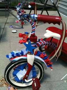 decorating tricycle for parade   4th of July bike decorating