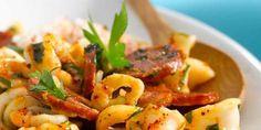 Garlic and Chorizo Squid - Recipes - - Fish Dishes, Seafood Dishes, Seafood Recipes, Cooking Recipes, Healthy Recipes, Shellfish Recipes, Chorizo, Squid Recipes, Tapas